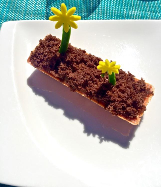 La jardinière exotique, ananas rôti au poivre Cubède, crème diplomate passion