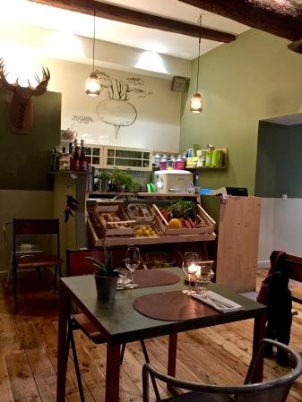La salle du Café Marché