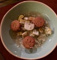 Rhubarbe confit / gâteaux financier / cardamome