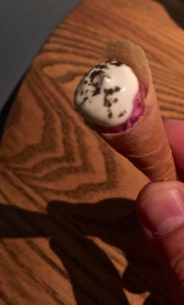 Mini cornet de truite fumée et radis japonais