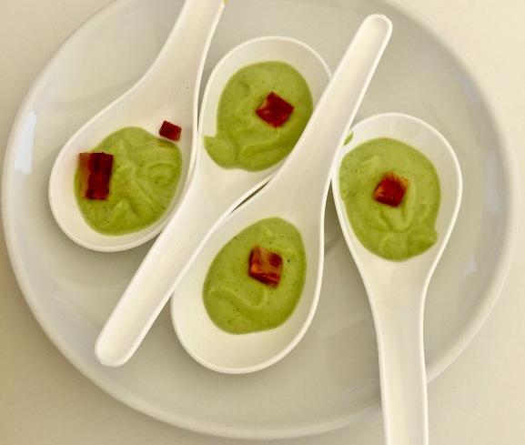 Crème froide de courgette au chorizo