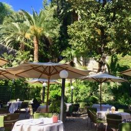 "Restaurant ""Le Jardin de Russie"""