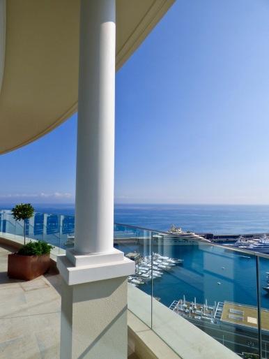 Magnifique terrasse du Grill vue côté port
