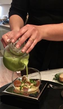 Petit Pois // Foie Gras : en velouté, royale de foie gras de Chalosse, pain feuilleté à la fleur de sel ©lepetitlugourmand