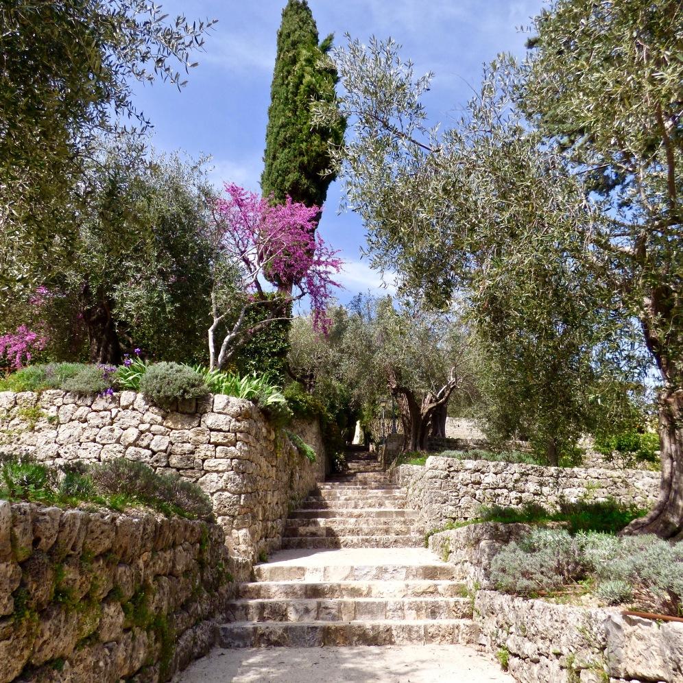 Les superbes jardins de La Bastide ©lepetitlugourmand