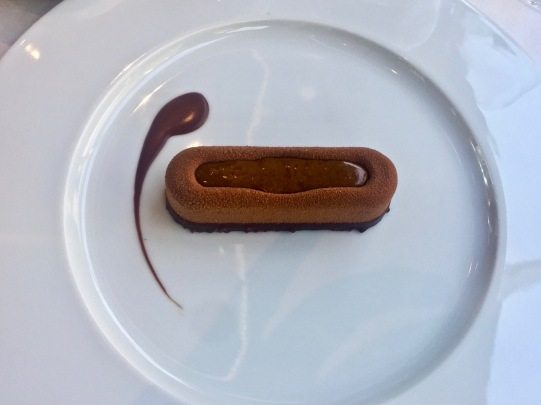 Paris tout chocolat au croustillant pralin ©lepetitlugourmand