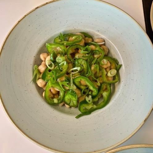 La salade de CEE, poivrons corne et pois chiche ©lepetitlugourmand