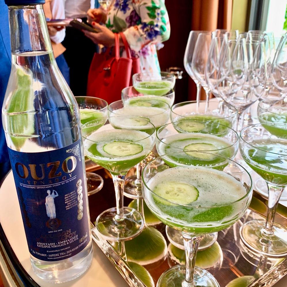 Cocktail à base de jus de concombre et Ouzo ©lepetitlugourmand