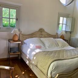 La chambre de la suite Olive ©lepetitlugourmand