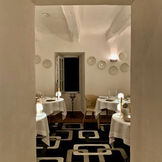 Un des salons pour le dîner ©lepetitlugourmand