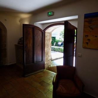 Entrée de votre Maison La Bastide de Moustiers ©lepetitlugourmand