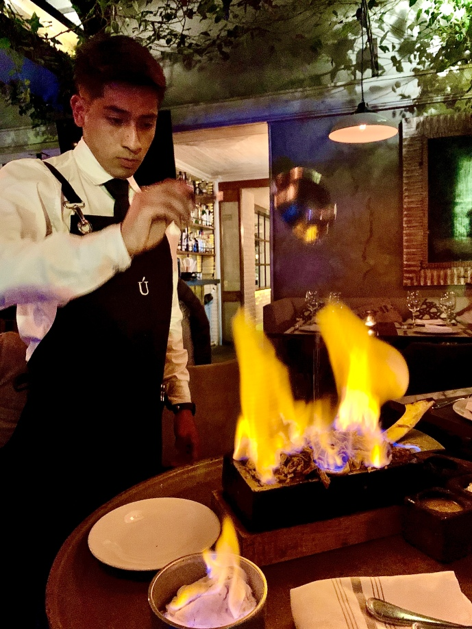 Barbacoa Norteña de Côte de bœuf flambée à la tequila ©lepetitlugourmand