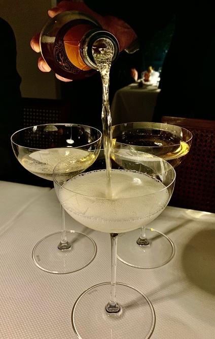 Méthode Cap Classique ( tradition viticole acquise des 1ers Huguenots installés au 17ème siècle ) ©lepetitlugourmand