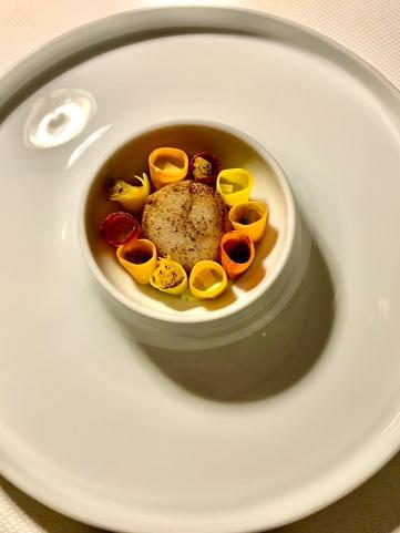 Saint-Jacques, fleur d'oranger, rooibos et aneth ©lepetitlugourmand
