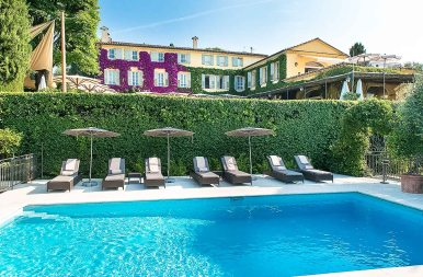 La piscine et La Bastide ©_Eliophot