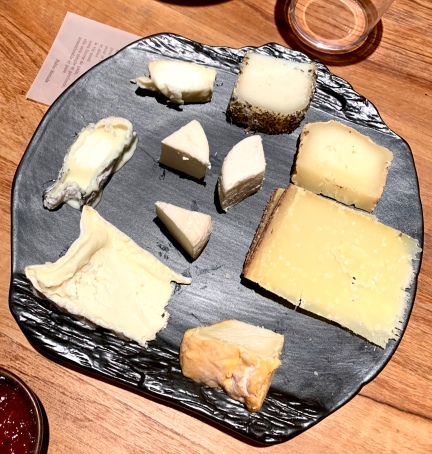 Selection de fromages ©lepetitlugourmand