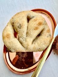 Fougasse olives ou lardons ©lepetitlugourmand