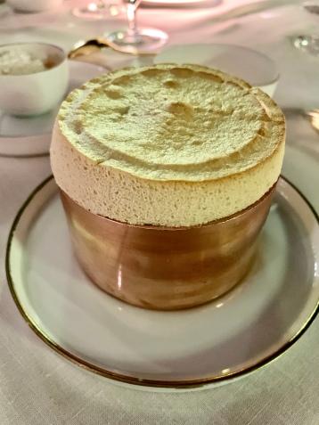 Soufflé chaud aux amandes et abricots Bergeron ©lepetitlugourmand