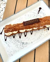 l'Eclair XXL vanille, noisette et pécan ©lepetitlugourmand