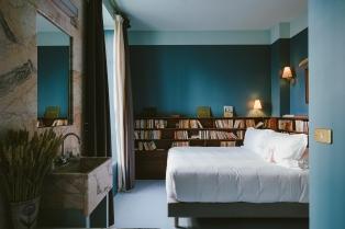 Chambre Hôtel Amour Nice ©Przemyslaw Niecieki
